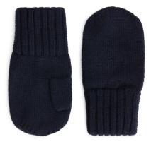 2. To keep little fingers toasty